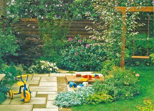 Советы по организации детской площадки в саду на даче