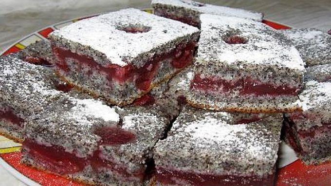 Úžasne kyprý a vláčny makový koláč vôbec nemusí byť obyčajný. Väčšinou o makových buchtách počúvame, že...