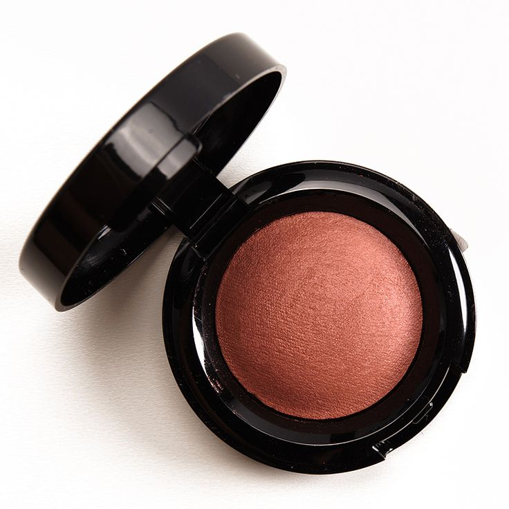 Black Opal Rose Gold Baked Blush Review, Photos, Swatches