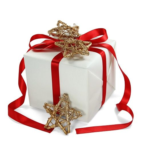 Five Places to Find Budget-Friendly Christmas Gifts - http://linkagogo.com/go/To?url=105102749