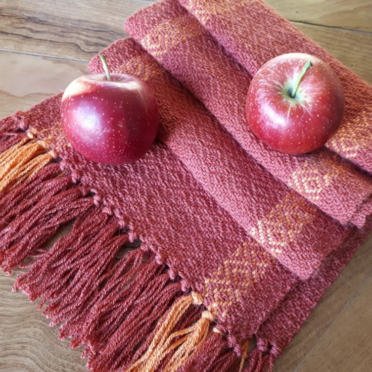 Super soft and warm scarf, 100 % alpaca, handwoven in Italy