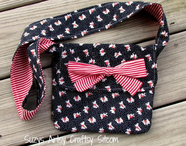 learn to sew messenger bag with free pattern and instructions