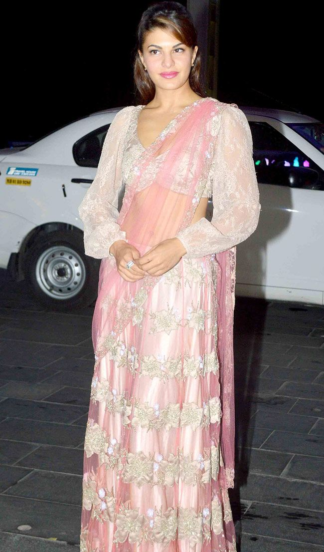 Jacqueline Fernandez at Shirin Morani's wedding reception. #Bollywood #Fashion #Style #Beauty