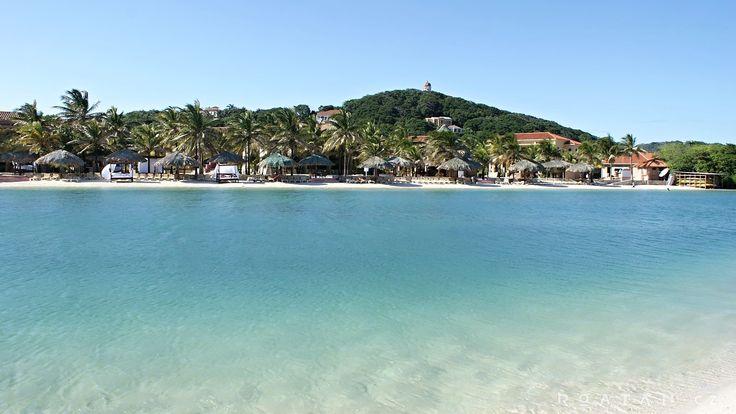 Resort s možností koupánía  s restaurací na ostrově Roatan.