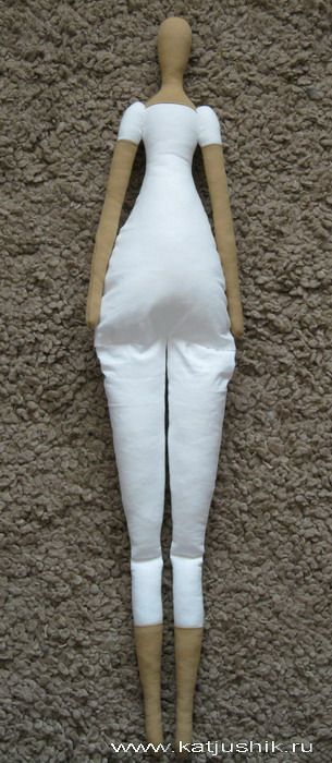 body constructionTutorial... GREAT BOARD http://www.pinterest.com/tsabitaboneka/doll-plush-tuto/