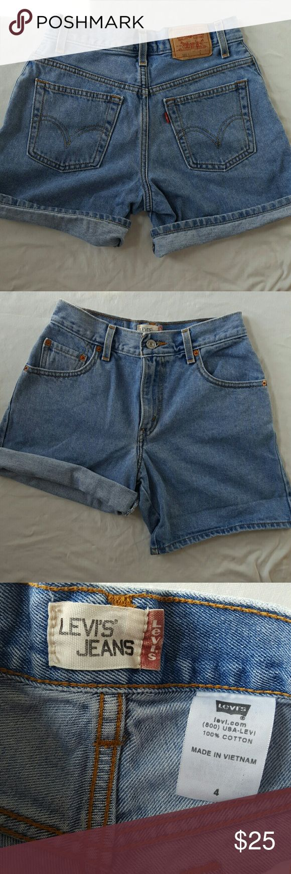 """Vintage high waisted levi's 550 shorts Vintage high waisted Levi's 550 jean shorts in size 4. Waist measures about 13"""" across or 26"""" total. Great condition. Levi's Shorts Jean Shorts"""