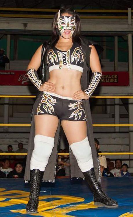 Masked Luchadora Lady Maravilla Http Theluchadoras