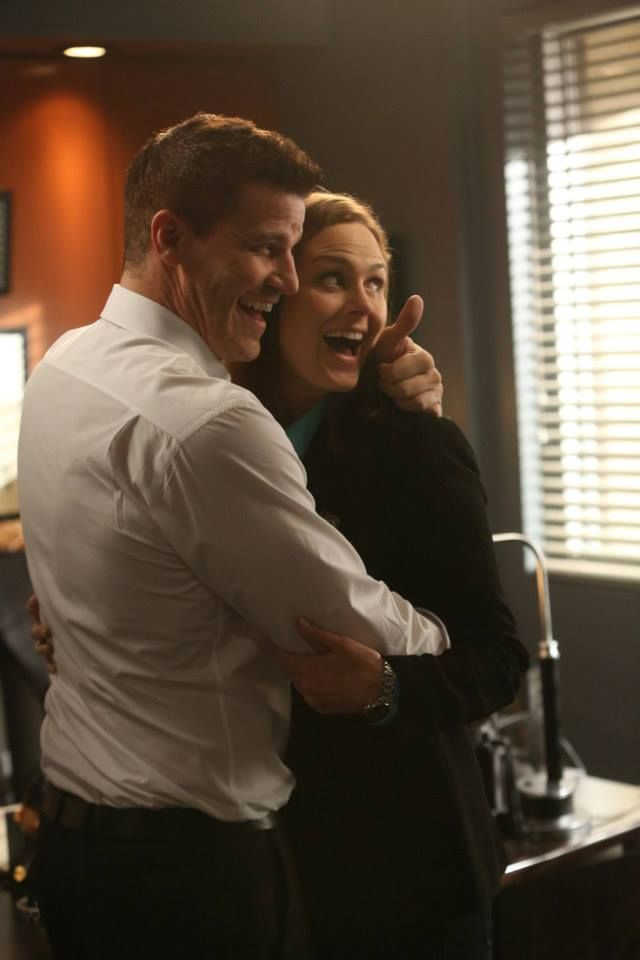 In Bones season 6 which episode did Booth and Bones start dating