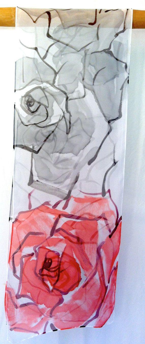 Hand Painted Silk Scarf. Gray Red Roses por SilkScarvesTakuyo
