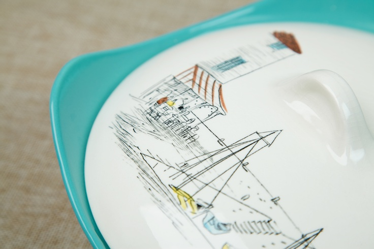 Midwinter Riviera Pattern Tureen on Fashion Shape, designed by Hugh Casson, Circa 1950s. #midwinter #riviera #tureen #fashionshape #hughcasson #1950s #britishvintage #vintage #retro #midcentury #ceramics #vintageceramics