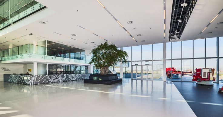 Head Office Lely - DoepelStrijkers  Nature meets high-tech in an inspiring environment where Lely works on groundbreaking innovations for the global agriculture sector.