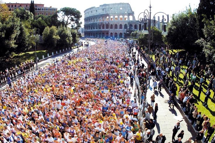 Maratona di Roma. W il running e W Olaraga.com, tante scarpe delle migliori marche a prezzi scontatissimi.