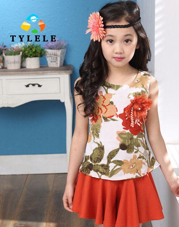 Дешевое 2015 летом носить новый костюм девушки корейский мода грудь цветы из двух частей костюм, Купить Качество Комплекты одежды непосредственно из китайских фирмах-поставщиках: