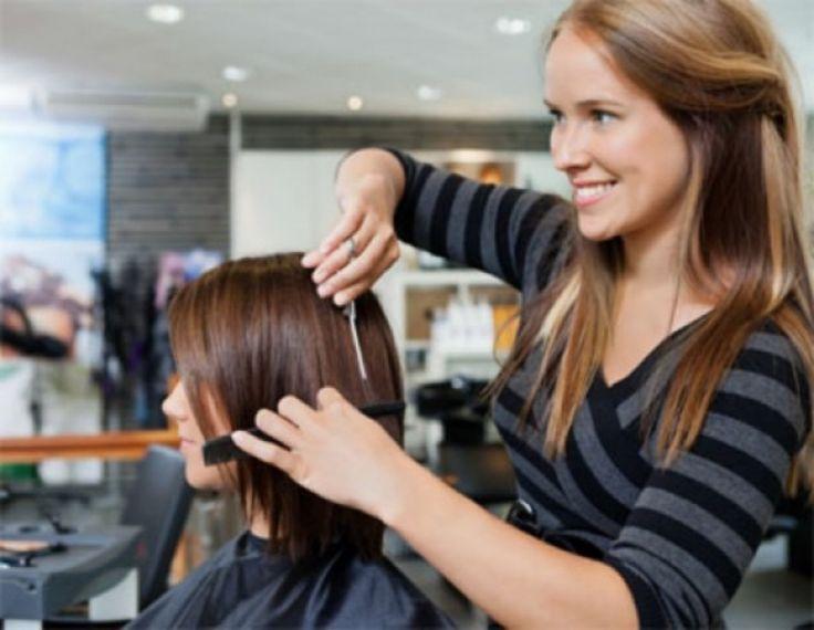 Curso de cabeleireiro gratuito. Aproveite!  #cabeleireiro #curso #gratis #aproveite  http://cortecabelocurto.com/curso-cabeleireiro-gratuito/