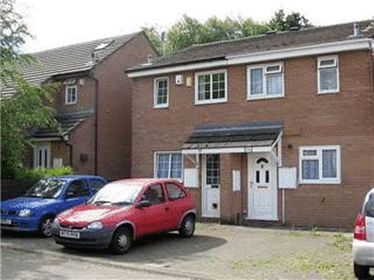 £89,950  2 Bedroom End Terrace House - Pant Yr Helyg, Swansea, West Glamorgan, SA5 4BJ Estate Agents
