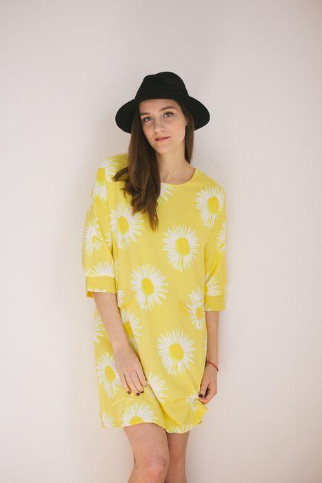 žlté kvetinové šaty - vinted.cz