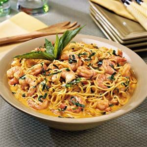 Shrimp with Roasted Red Pepper CreamTasso Pasta, Pasta Dishes, Roasted Chicken, Cajun Shrimp, Easter Eggs, Cream Sauces, Peppers Cream, Cream Recipe, Roasted Red Peppers