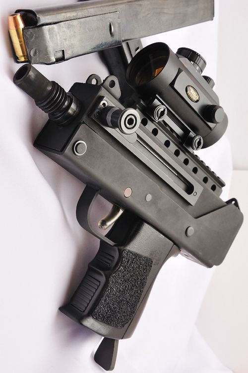 limeflavoredLoading that magazine is a pain! Get your Magazine speedloader today! http://www.amazon.com/shops/raeind