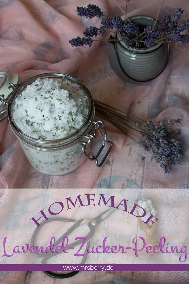 Peeling selbermachen: Mit dem Lavendel-Zucker-Peeling fangen wir uns den Duft des Sommers im Glas ein. Es gibt nichts schöneres als nach einem langen Tag den Stress mit einem entspannenden und beruhigenden Peeling abzurubbeln. Und das beste ist, das Lavendel-Zucker-Peeling besteht aus nur vier Zutaten und ist schnell selbst gemacht.