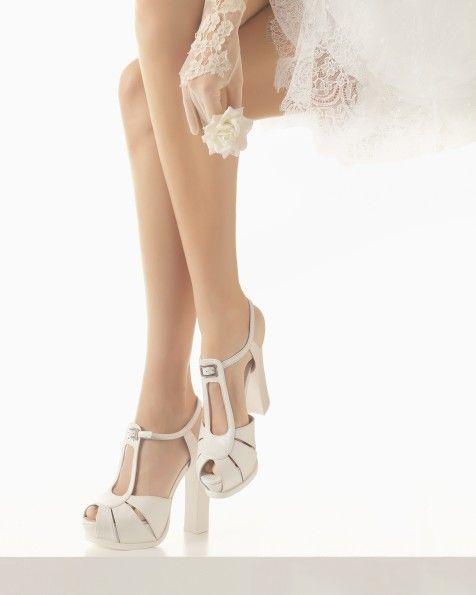 Zapatos de Novia. Colección Complementos 2016 de Rosa Clará.