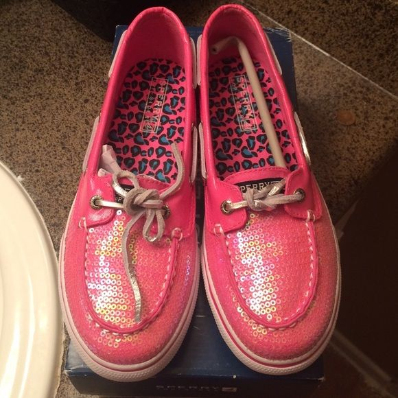 Hot Pink Sperrys for Girls  Sperry Youth Bahama Boat Shoes Hot Pink Metallic Sequins it's a girls size 5 Sperry Top-Sider Shoes Moccasins