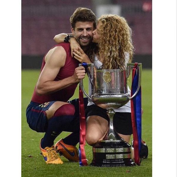 Happy birthdays, Shakira and Gerard Piqué! The Colombian songstress and her Spanish soccer-playi...