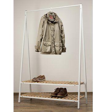 Standgarderobe Robin in weiss mit 1 Kleiderstange und 2 Ablageflächen für Schuhe etc. Die Garderobe ist aus Metall, die Ablageflächen sind aus Holz