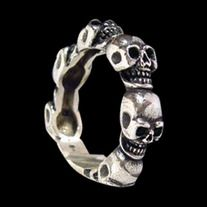 * Solid Sterling Silver 92.5% (Stamped) * Excellent Finishing * Free Shipping and Resizing * Guaranteed for Life * Weight: 7 grams * Dimensions: (L x W) 5 x 5 mm  Product Code: R-014S  Like all of our products this ring is guaranteed for life.  Please note: When ordering please make a ...