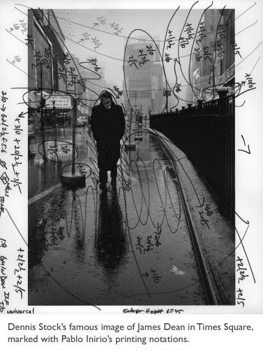 Magnum and the Dying Art of Darkroom Printing | the literate lens - Interesting article about the art of printing: http://theliteratelens.com/2012/02/17/magnum-and-the-dying-art-of-darkroom-printing/