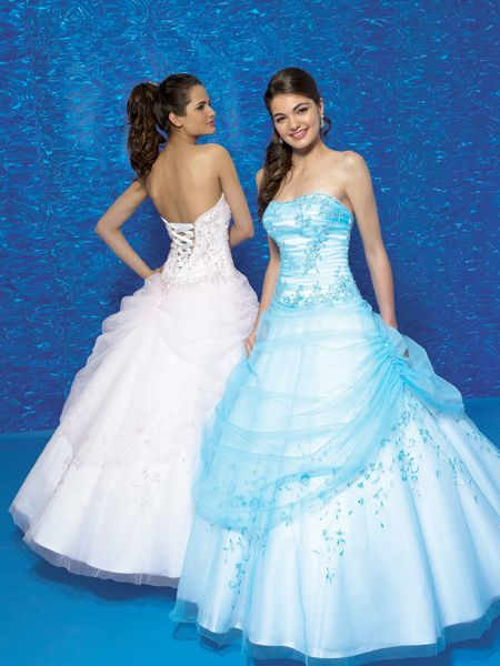 going to try to get this dress for prom, so pretty and comes in so many colors