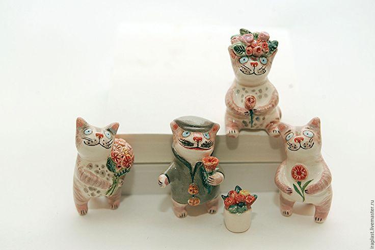 """Купить Керамическая скульптурная группа """" Мелкотики. Цветочный день"""" - бежевый, керамика ручной работы"""
