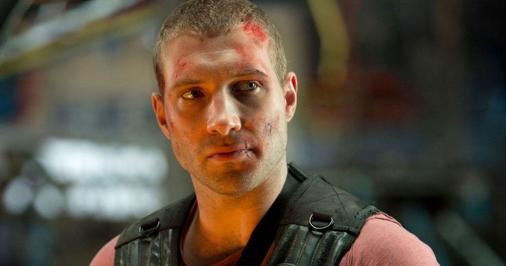 Jai Courtney Cringed at Being Cast as Captain Boomerang in 'Suicide Squad' -- Jai Courtney reveals he never read a script when he signed on to play Captain Boomerang in director David Ayer's 'Suicide Squad'. -- http://movieweb.com/suicide-squad-movie-captain-boomerang-jai-courtney/