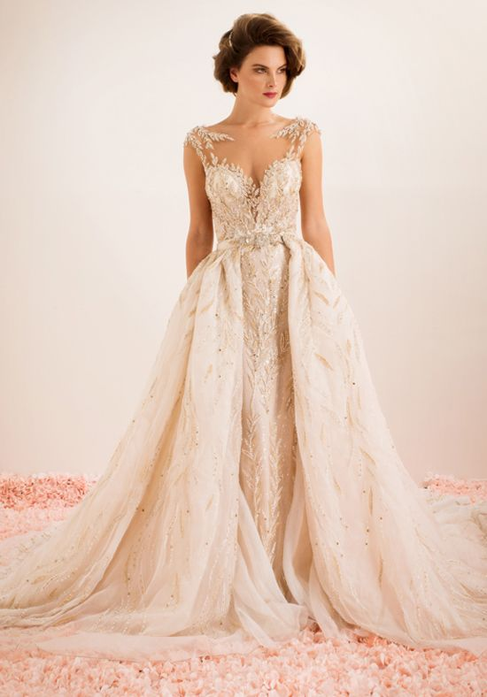 Sweetheart wedding dress with matching overskirt | Stephen Yearick | http://trib.al/UmO0jrh