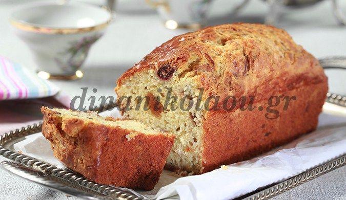 Κέικ με χοιρομέρι κρασάτο και σύκα
