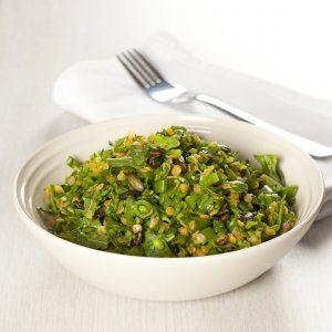 Salat med røde linser og sukkerærter opskrift