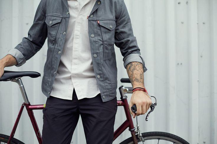 #levis #liveinlevis #jeans #commuter