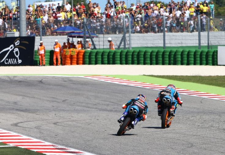 Rins and Alex Marquez, Moto3 race, San MArino MotoGP 2014