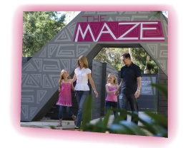 """The Maze - Bullsbrook, Western Australia. Been meaning to go here for ages. MASSIVE property with many different mazes, mini golf, garden chess and """"Disc Golf"""". Can't wait to go here, even if it is a little bit of a drive. Not sure about admission costs :("""