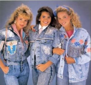 80's style....sad but true...acid wash and pleated high waisted jeans...oh my!