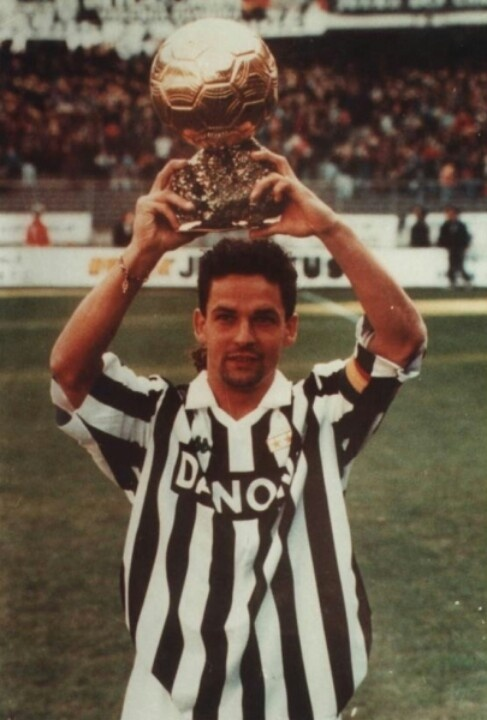 Roberto Baggio. Top Player 1993