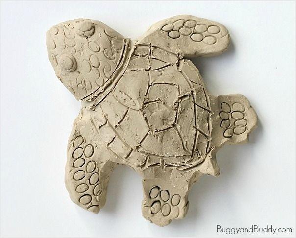 Ocean Animal Art Project for Kids: Make Sea Turtles Using Clay ~ BuggyandBuddy.com