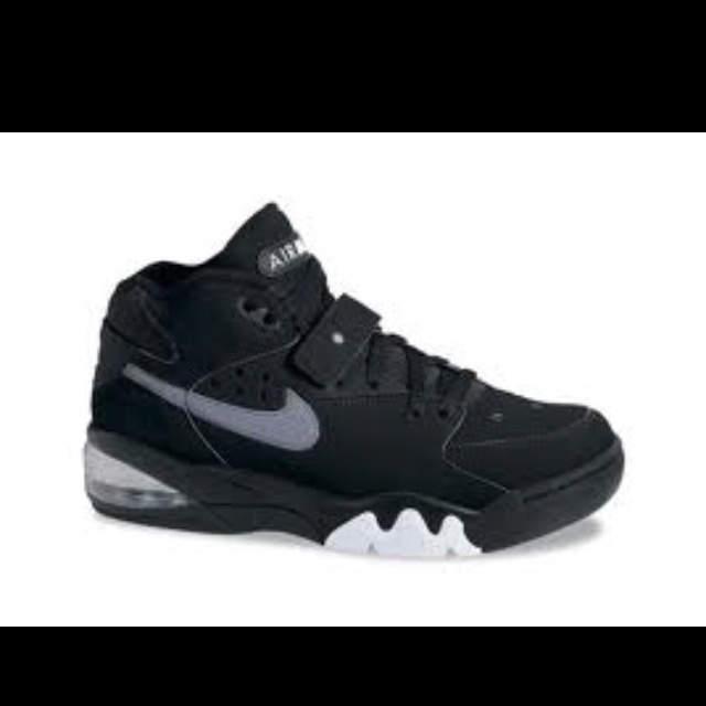 Michigan Fab Five Air Max Force! I loved these shoes! Wish I had a