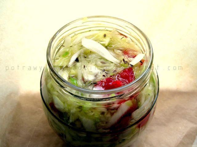 Potrawy Półgodzinne: Pikantna kiszonka kapusciano warzywna