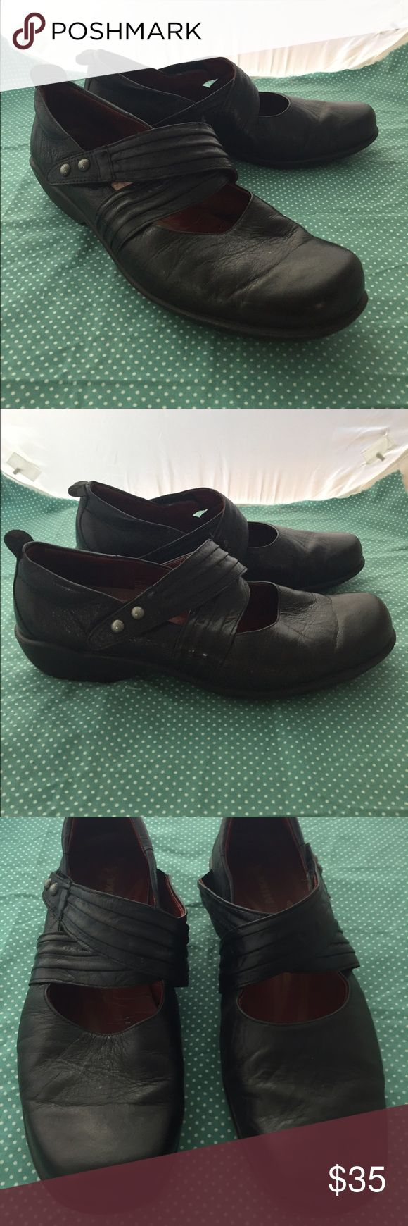 Romika Black Leather Mary Jane Loafer, Size 41 These adorable, European-styledshoes are comfortable and stylish! With adjustable velcro strap, rubber sole. Show some wear as shown in pictures. Solid used condition. Romika Shoes Flats & Loafers