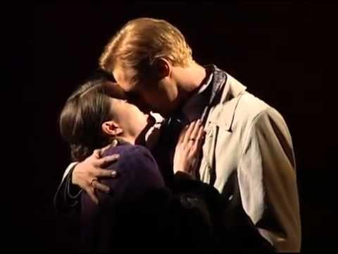 Rebecca-A Manderley-ház asszonya musical 2.felvonás_5 - YouTube