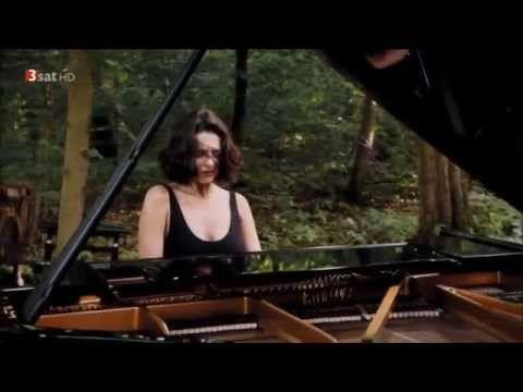 "F. Liszt - ""Ständchen"" Piano Transcriptions After Schubert - Khatia Buniatishvili - YouTube"