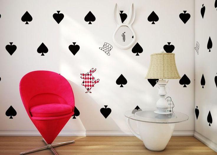 Обои для детской комнаты девочки (44 фото) : как сохранить детство и подчеркнуть стиль http://happymodern.ru/oboi-dlya-detskoj-komnaty-devochki-44-foto-kak-soxranit-detstvo-i-podcherknut-stil/ Фото 19 - Креативные обои в комнате для девочки-подростка