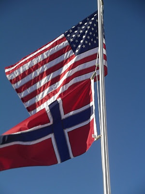 USA and Norwegian Flag....Perfect Red, White and Blue for us!!   k