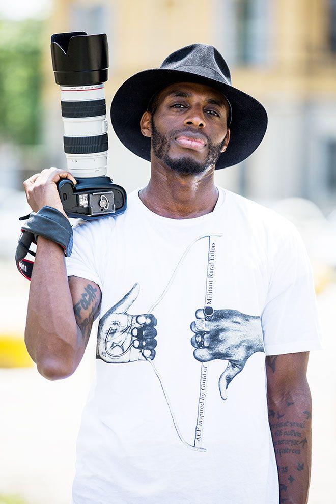 Street looks à la Fashion Week homme printemps-été 2016 de Milan, photographe, appareil photo, chapeau
