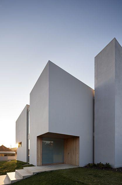 Casa Paramos por Atelier Nuno Lacerda Lopes Architecture